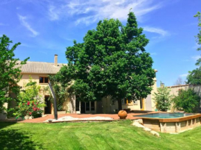 Renovated farmhouse in Aix en provence.